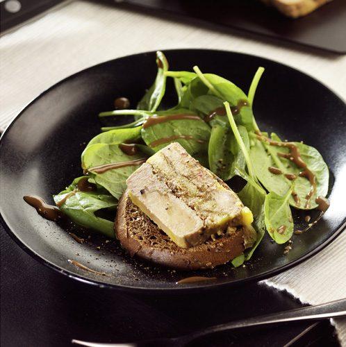 Recette culinaire : terrine de foie gras, pommes et figues sèches